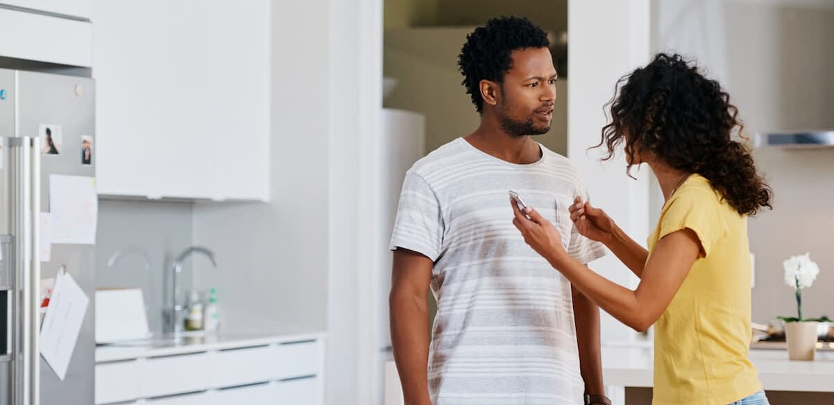 woman-confronting-husband